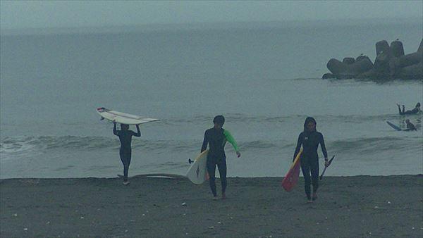 今日のサーフィン終了